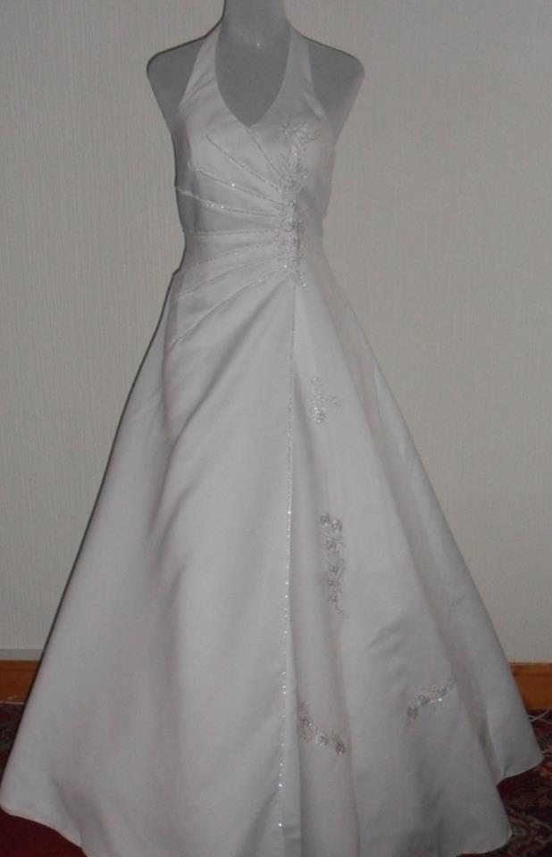 The Wedding Dress Agency - Wedding Day Angel