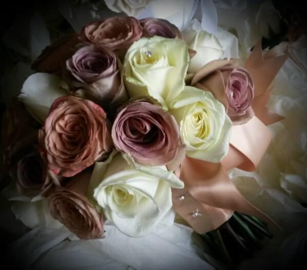 Dainty Ditsy Florist